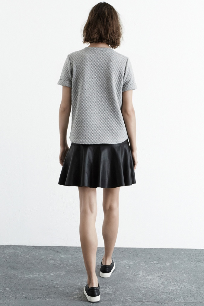 fashion, fashion blog, style, aw14 style, aw14 trends, warehouse, warehouse tops, quilted top, grey quilted top,. textured top, grey textured top, warehouse grey quilted top, what to wear to work, office wear, office tops